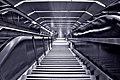 Metro de Madrid - Escaleras 01.jpg