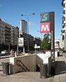 Milano staz Repubblica scala.jpg