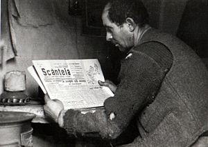 Scînteia - Miner reading Scânteia