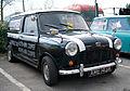 Mini van (3402152290).jpg