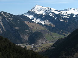 Mittagsfluh Diedamskopf Au from West.JPG