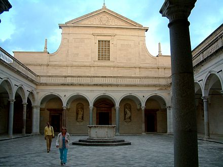 The facade of the church Monte Cassino Fasada Kosciol.JPG