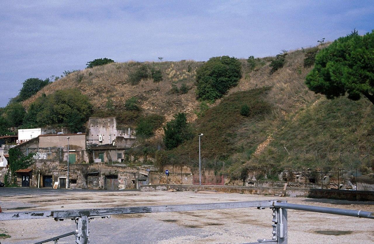 Monte Testaccio.jpg