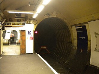 Moorgate tube crash - Dead-end tunnel at platform 9, Moorgate station