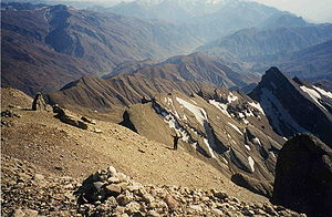 Mountains Tajikistan.jpg