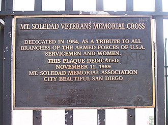 Mount Soledad Cross lawsuits - Plaque at the base of the cross