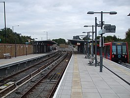 Mudchute DLR stn looking south.JPG