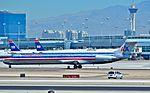 N492AA American Airlines 1989 McDonnell Douglas MD-82 - cn 49730 - ln 1565 (14687597230).jpg