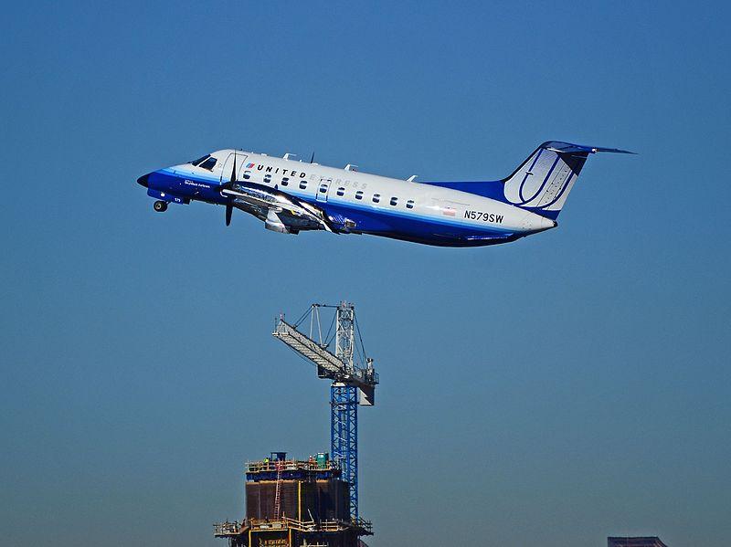 File:N579SW United Express 1998 Embraer EMB-120ER C-N 120347 (6651530007).jpg