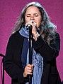 Natalie Merchant 07 15 2017 -8 (36173269034).jpg