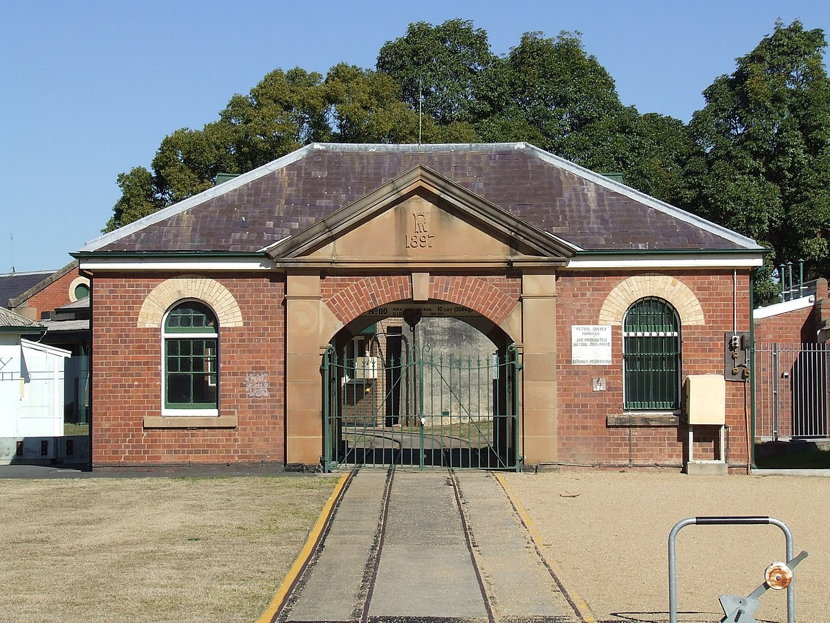 Newington Armory - Wikipedia