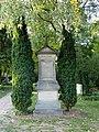Nieder-Eschbach-Friedhof, Grab Schmidt.JPG