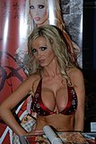 Nikki Benz at Erotica LA 2009 2.jpg