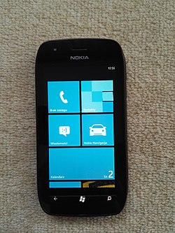 Nokia Lumia 710 front ON.jpg