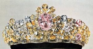 Noor-ul-Ain - The Noor-ul-Ain mounted in a tiara of the same name