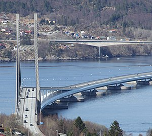Nordhordalandsbrua towards north.jpg