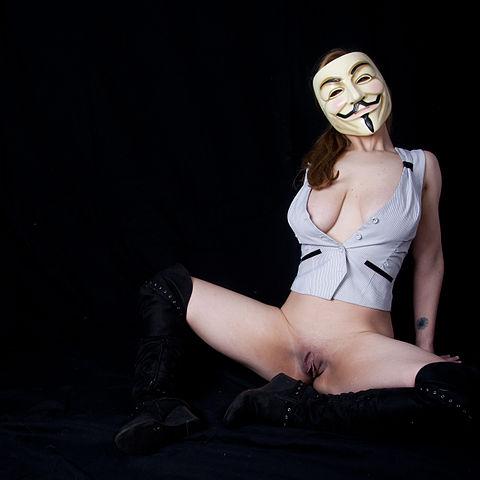 Busty latina alexis pornstar
