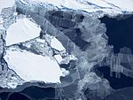 Old sea ice, young sea ice (30940289812).jpg