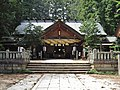 Omiya Atsuta Shrine haiden.jpg