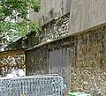 P1260681 Paris V rue Thouin n16 enceinte PA detail rwk.jpg