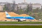PH-EXM KLM Cityhopper Embraer ERJ-175STD @ LUX 2017-04-22-101.jpg