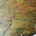 Paraná River, Brazil ESA217077.jpg