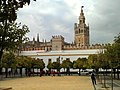 Patio de Banderas (Sevilla).jpg