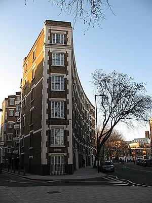 Peabody Trust - Peabody Trust housing on Marshalsea Road in Southwark.
