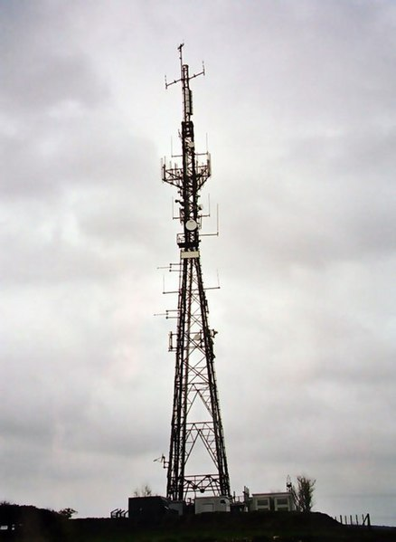 File:Penaligon Downs TV-Relay - geograph.org.uk - 310114.jpg