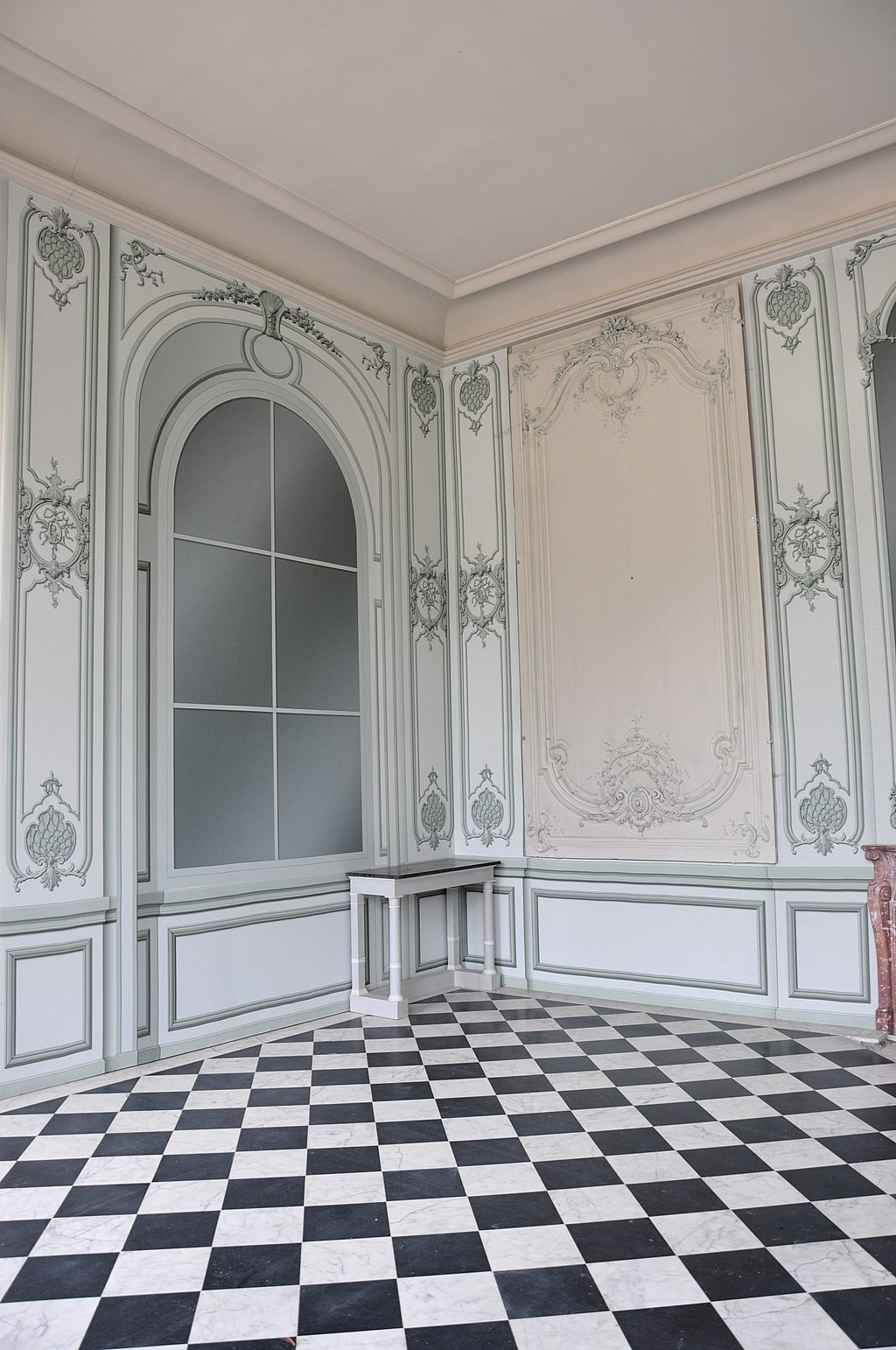 Intérieur du Pavillon frais