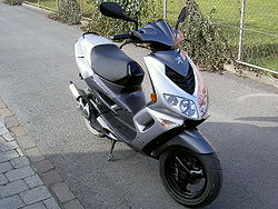 Peugeot Speedfight2 silver.jpg