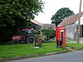 Phone box in Upper Felton - geograph.org.uk - 1438681.jpg