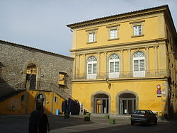 Palazzo Banci in پراتو, the provincial seat.