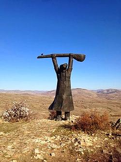 Pir Sultan Abdal heykeli.jpg