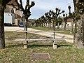 Place de l'église (Sougères-en-Puisaye), avril 2019 - (5).jpg
