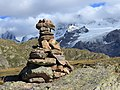 Plateau d'emparis, (2250 m.) cairn.JPG