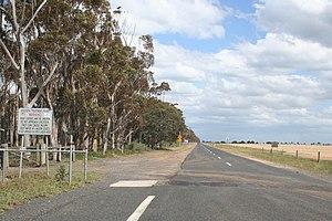 Point Wilson, Victoria - Road towards Point Wilson