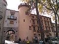 Porta de França i Casa Companyo.jpg