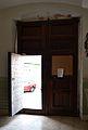 Porta de l'església de santa Anna de Campell des de dins.JPG