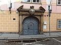Praha, palác Hložků ze Žampachu, portál.jpg