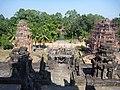 Prasat Bakong 1 - panoramio.jpg