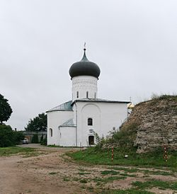 Pskov SnetogorskyMon Cathedral.jpg