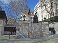 Queen Mother Memorial wide.jpg