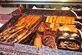 Räucherfisch in der Auslage.JPG
