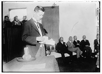 Kenseikai - Wakatsuki Reijirō at a Kenseikai meeting