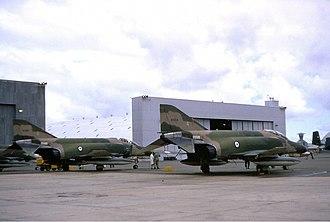 McDonnell Douglas F-4 Phantom II non-U.S. operators - Two RAAF F-4Es at RAAF Base Edinburgh in 1971