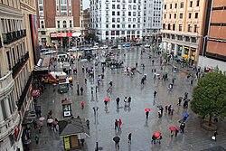 Raining Day at plaza del Callao, Madrid.jpg