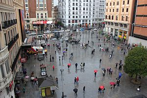 Raining Day at plaza del Callao, Madrid.jpg
