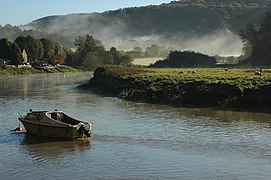 River Wye at Tintern (geograph 2126750).jpg