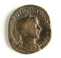 Romerskt bronsmynt, kejsare Gordianus III, 241-243 - Skoklosters slott - 110738.tif